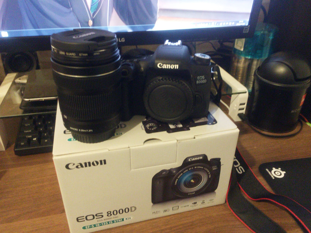 EOS8000D_buy